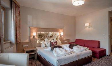 Wohlfühldoppel- & Mehrbettzimmer